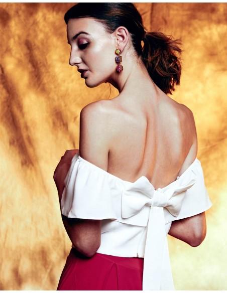 Crop-top de fiesta con escote bandeau y lazo en la espalda de Lauren Lynn London INVITADISIMA