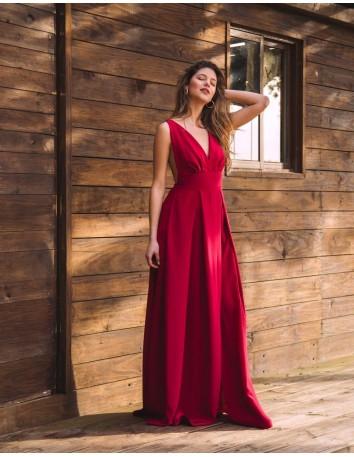 vestido largo rojo con tirantes anchos y espalda descubierta de maui official