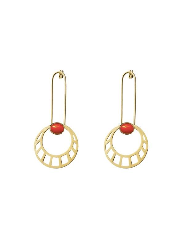 pendientes de sol egipcios largos dorados con piedra roja de Li Jewels para INVITADISIMA