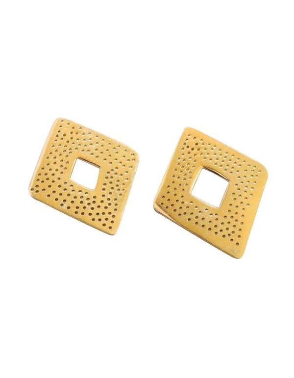 Pendientes de rombo dorados de Li Jewels para INVITADISIMA.