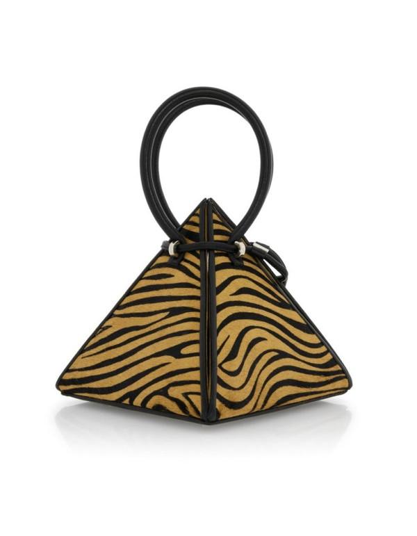 bolso con estampado tigre con tirador y forma piramidal