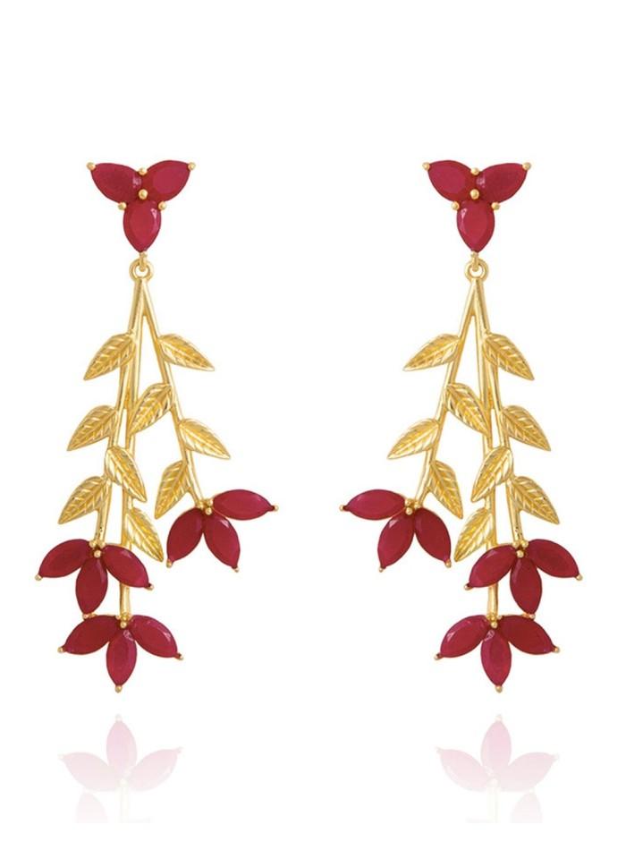 Pendientes de fiesta con rubíes y hojas - Blume de Lavani para INVITADISIMA