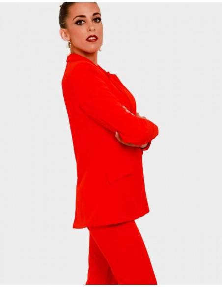 pantalon rojo para invitadas