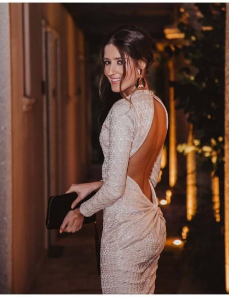 Vestido de cóctel con manga larga y espalda al aire piedra - INVITADA PERFECTA Sarvin - 2