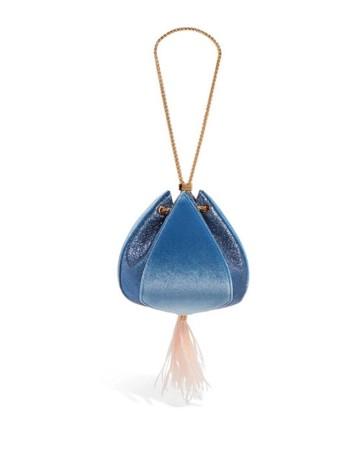 Bolso limosnera de terciopelo azul para invitadas a bodas y eventos